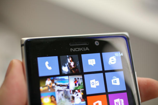 nokia-lumia-925-launch-11_610x40726